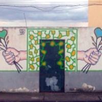 ... oder wie hier an einer Häuserwand in São Roque. Die Herzen machen Menschen froh.