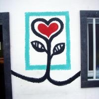 """Jeder Reisende, der die Azoreninsel São Miguel besucht, hat sie schon gesehen: Die """"Yves-Herzen"""". Inzwischen sind es fast 300 Stück."""
